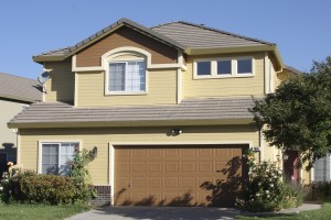 How long does an exterior paint job last brooks painting for How long to paint a house exterior
